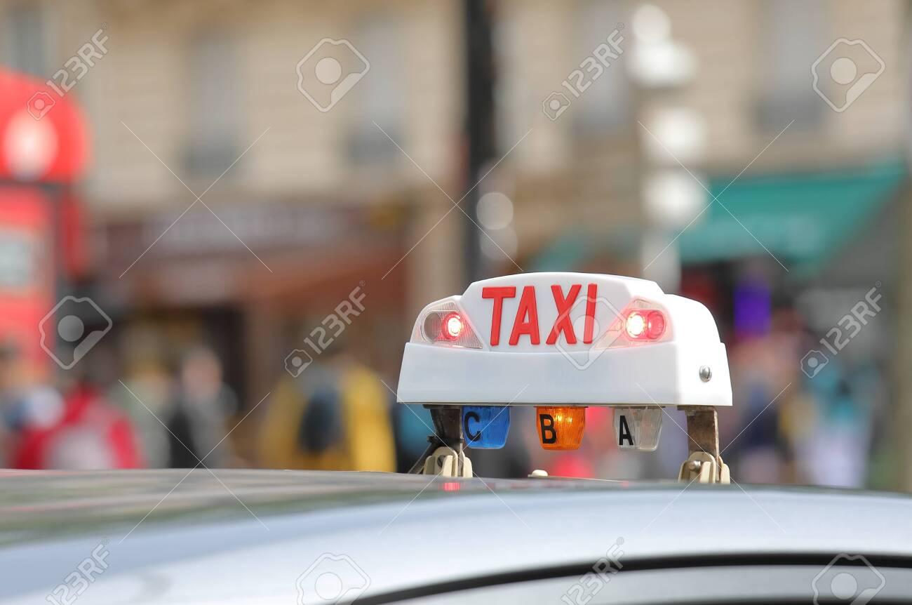 Taxi cab sign Paris France - 131069537