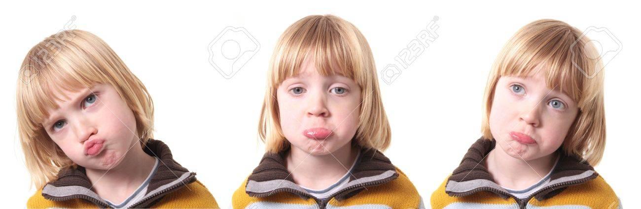 Kind Van Trieste Of Druk Op Wit Geïsoleerd Cebus Boy Kid Emoties