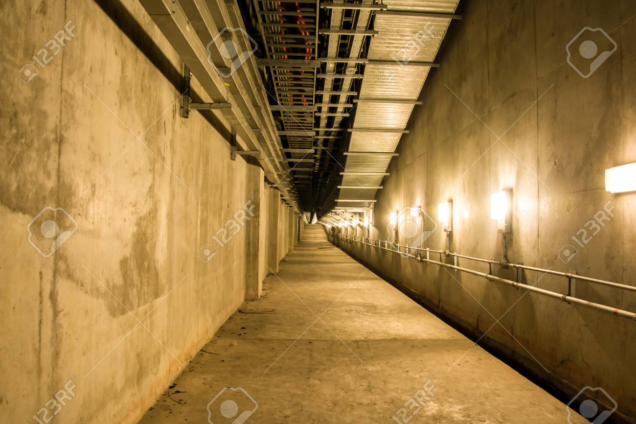 Marvelous Empty Industrial Garage Room Interior With Concrete Floor And Wall  Background, Vintage Color Style Stock