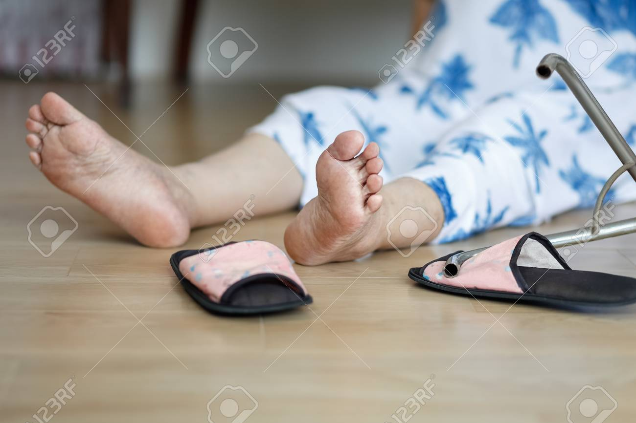 elderly woman falling down at home hearth attack stock photo rh 123rf com Home Word Down waxing at home down there