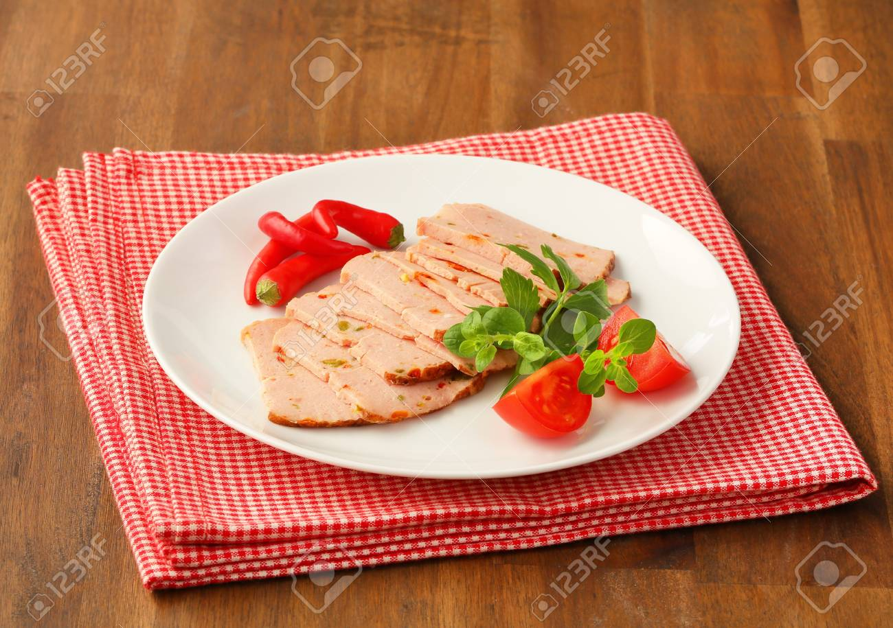 Thinly sliced German style meatloaf Stock Photo - 20536180