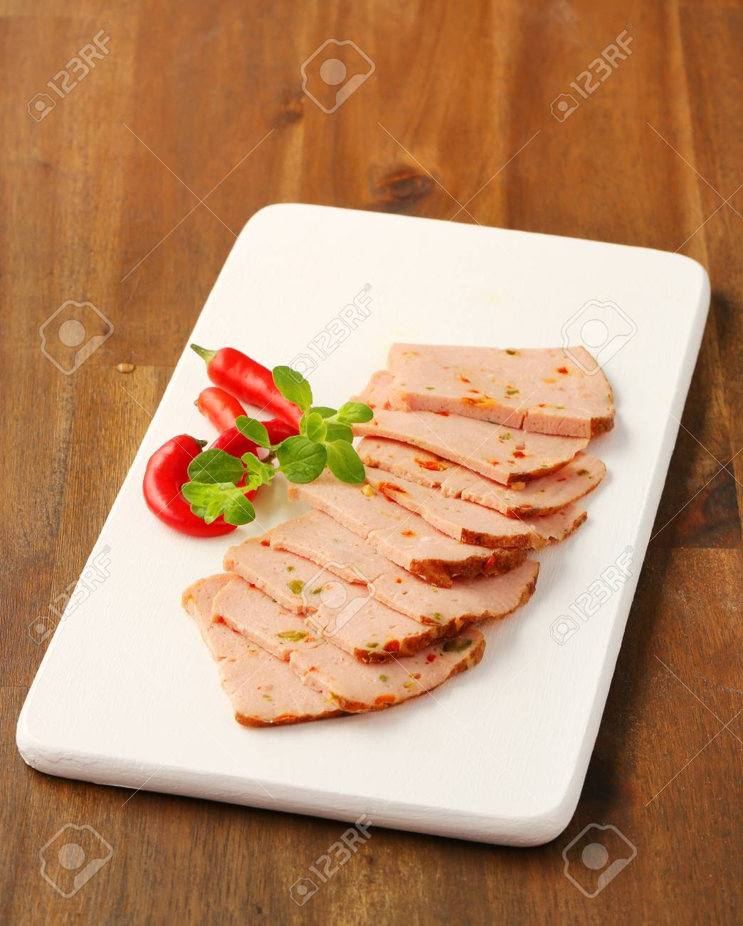 Thinly sliced German style meatloaf Stock Photo - 20536077