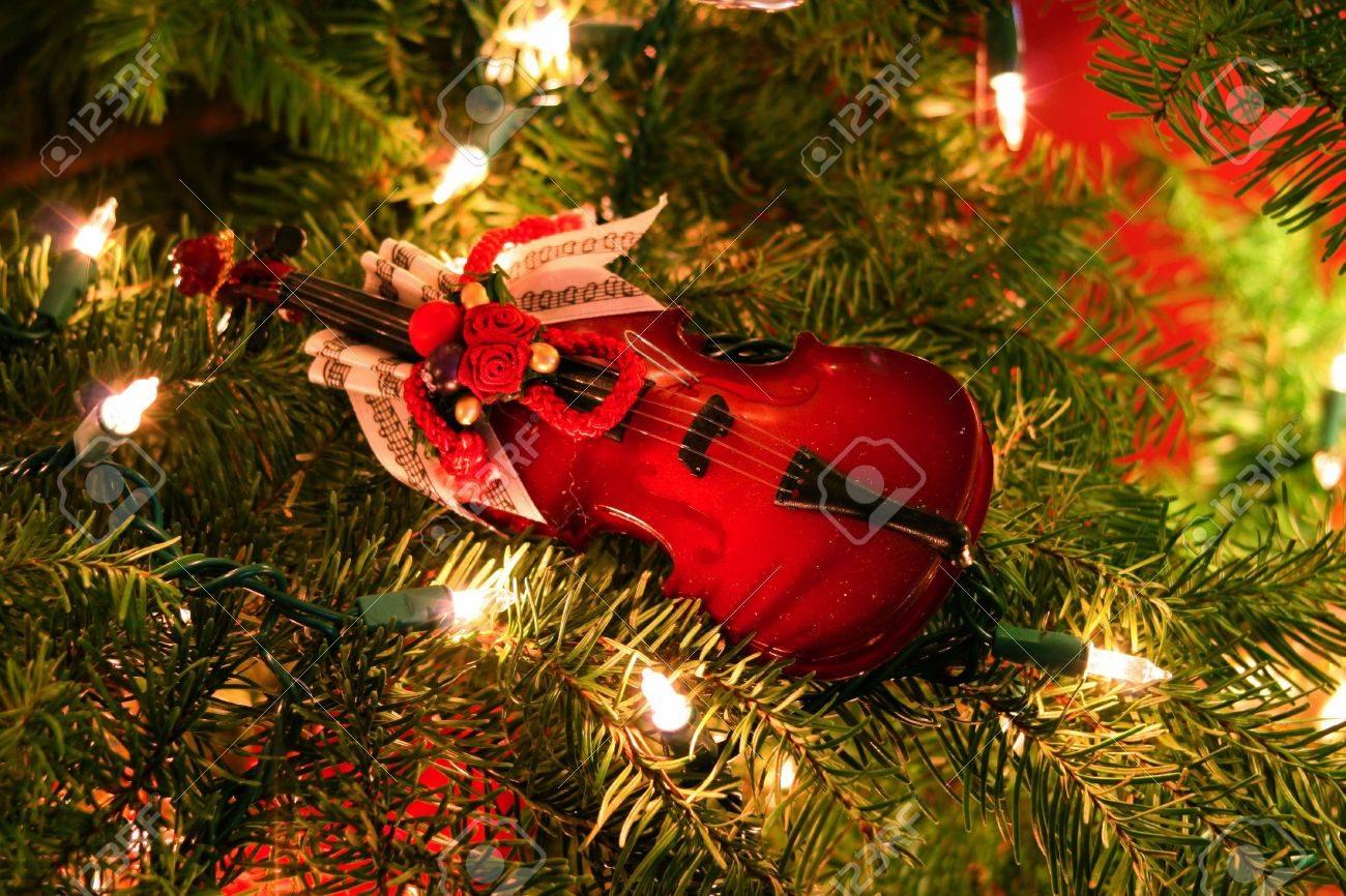 Christmas Violin Ornament Stock Photo, Picture And Royalty Free ...