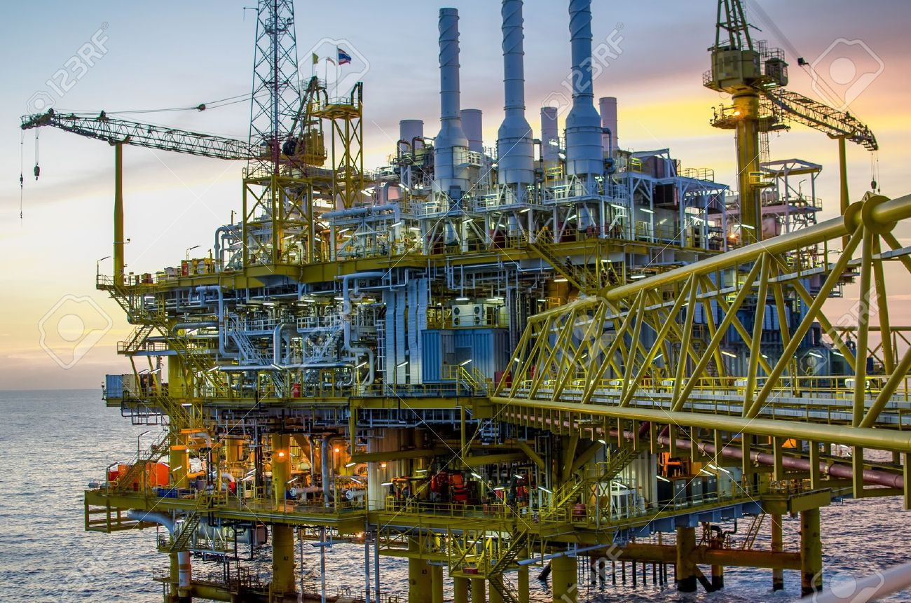 Offshore platform in south of Thailand Stock Photo - 14713374