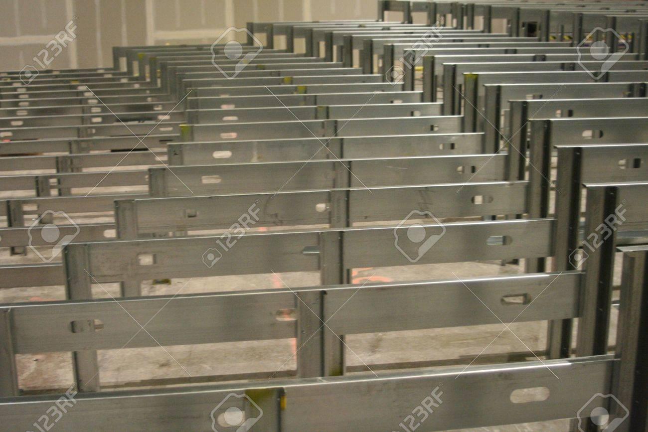 Steel Framing Lizenzfreie Fotos, Bilder Und Stock Fotografie. Image ...
