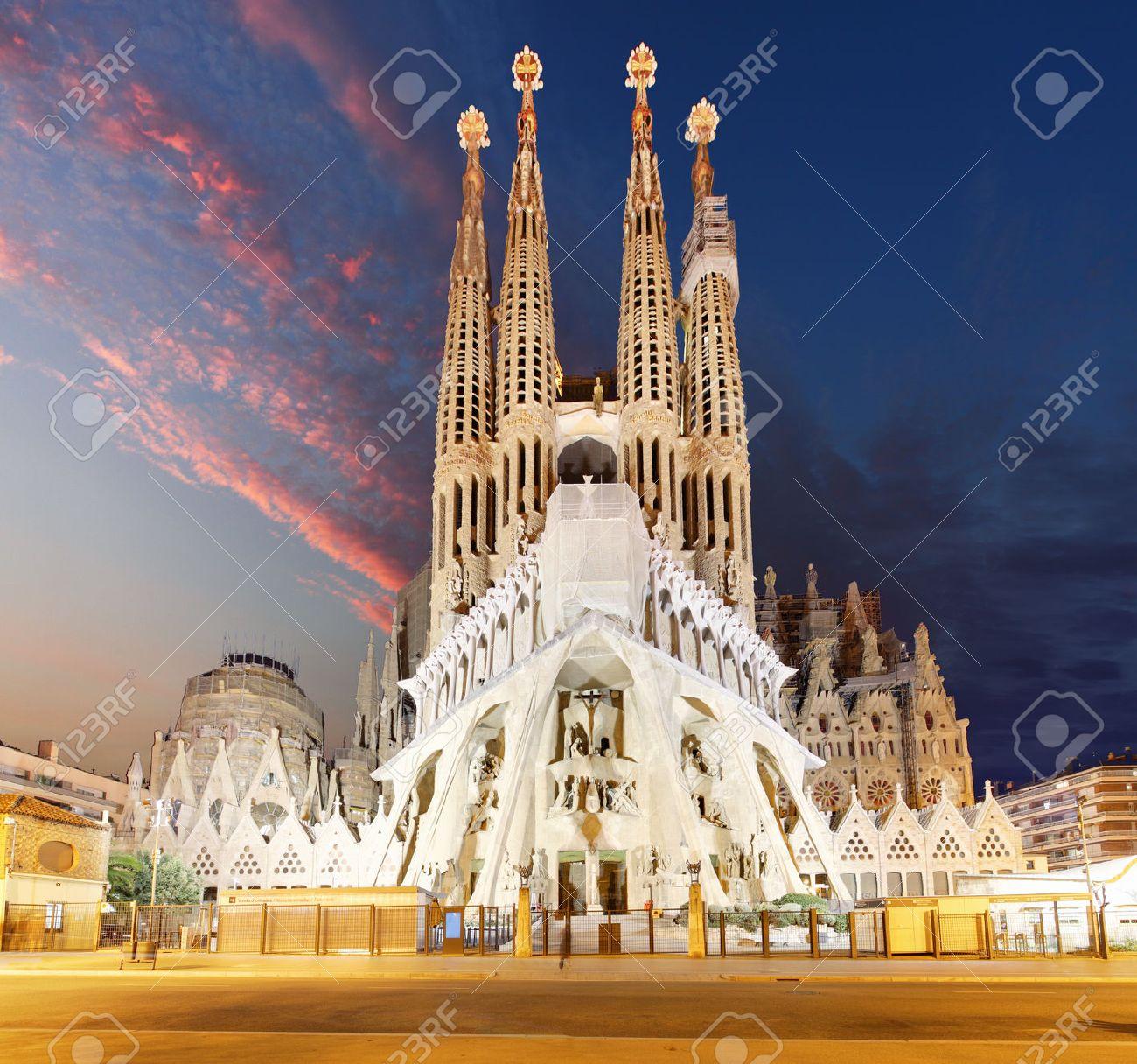 BARCELONA, SPAIN - FEBRUARY 10, 2016: Sagrada Familia basilica in Barcelona. The Antoni Gaudi masterpiece has become a UNESCO World Heritage Site in 1984. - 53269494