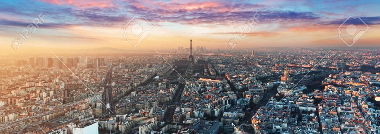 Paris skyline - panorama - 71158450