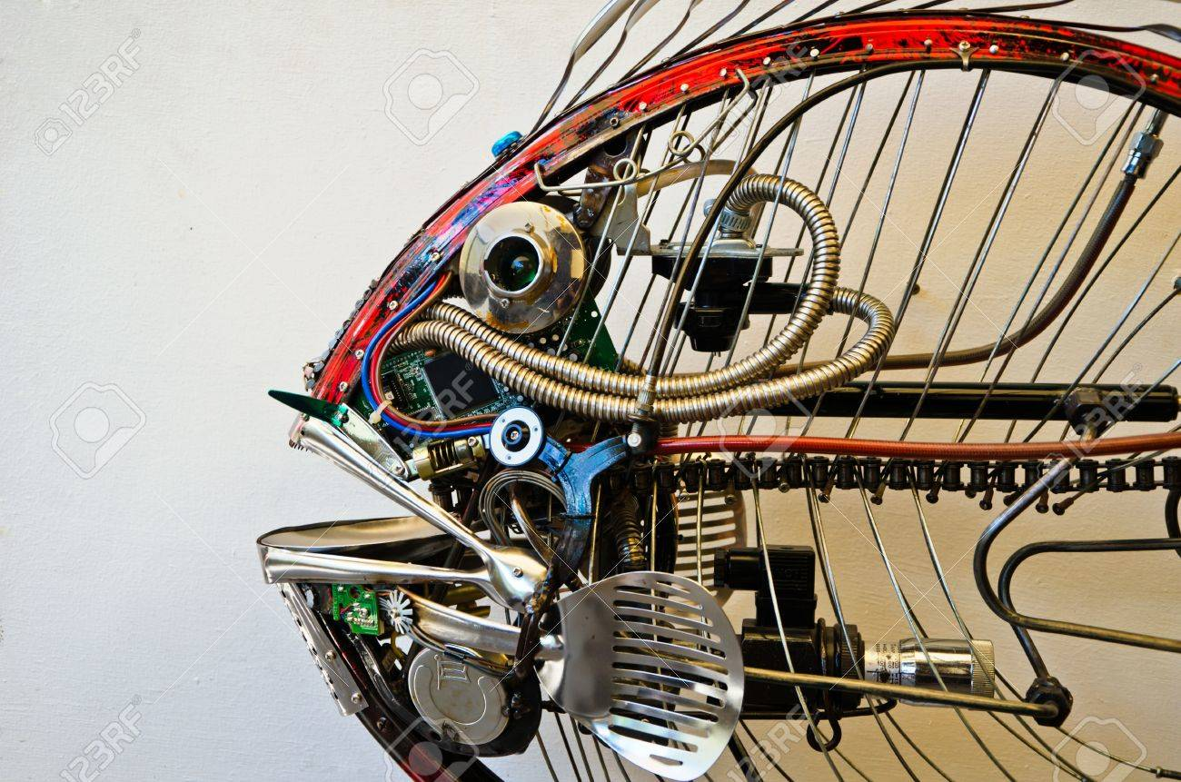scrap-metal fish made from recycle metal Stock Photo - 13699974