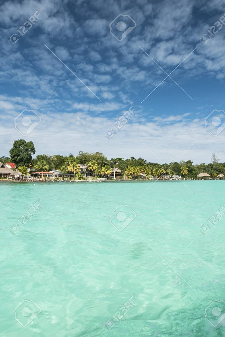 Schone Aussicht Auf Karibischen Lagune Bacalar Sieben Farbe Wasser