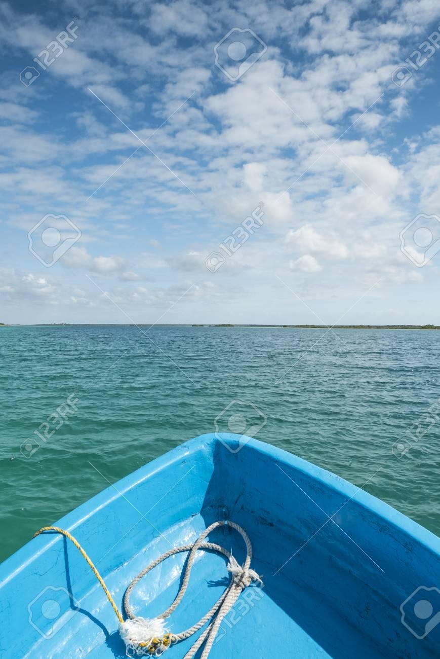 Schone Aussicht Auf Karibischen Lagune Bacalar Von Einem Boot Aus