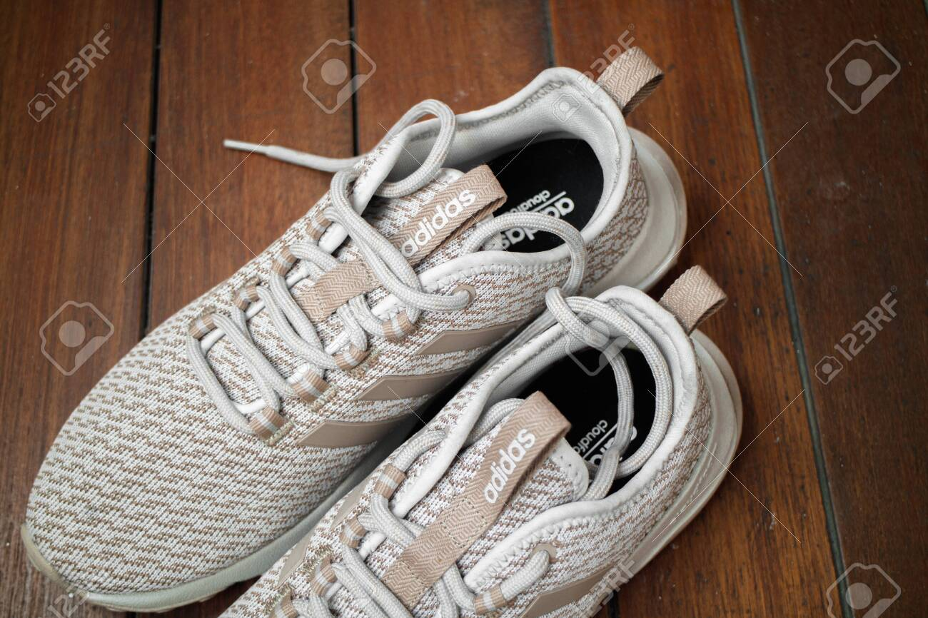 Adidas Cloudfoam Superflex Light Tan