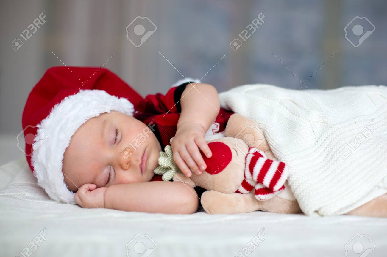 Little Sleeping Newborn Baby Boy dd227481368