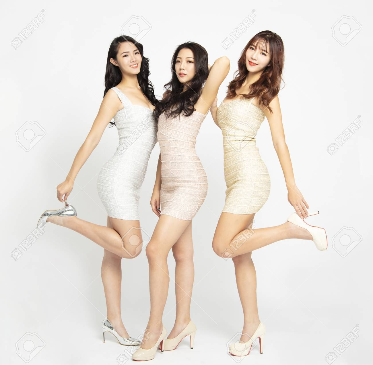 full length of beautiful asian young woman group - 116493300