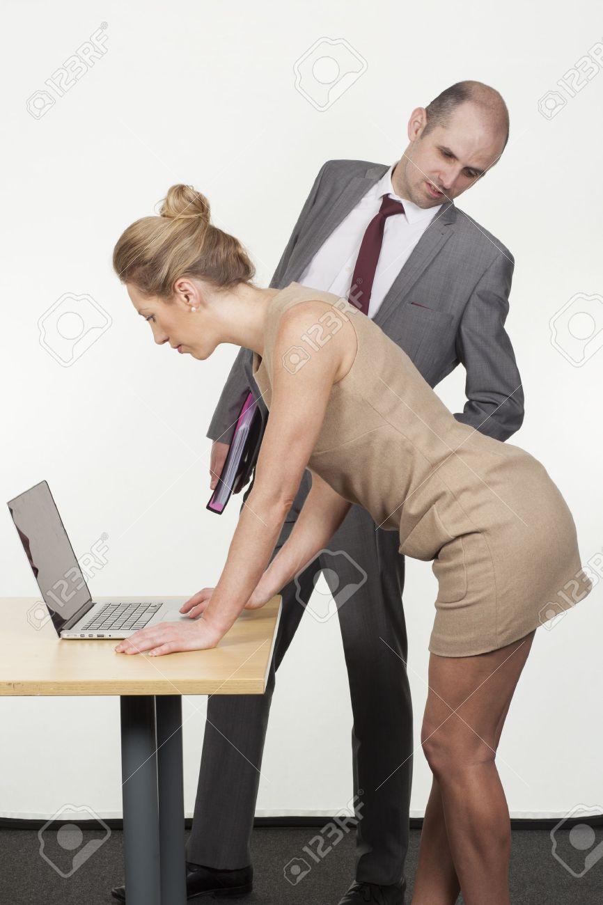 Сексуальном домогательстве на работе