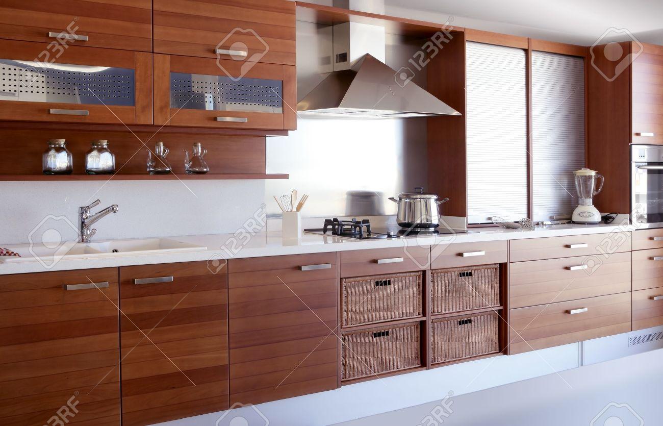 Cuisine de bois rouge blanc cuisine banc décoration intérieure moderne