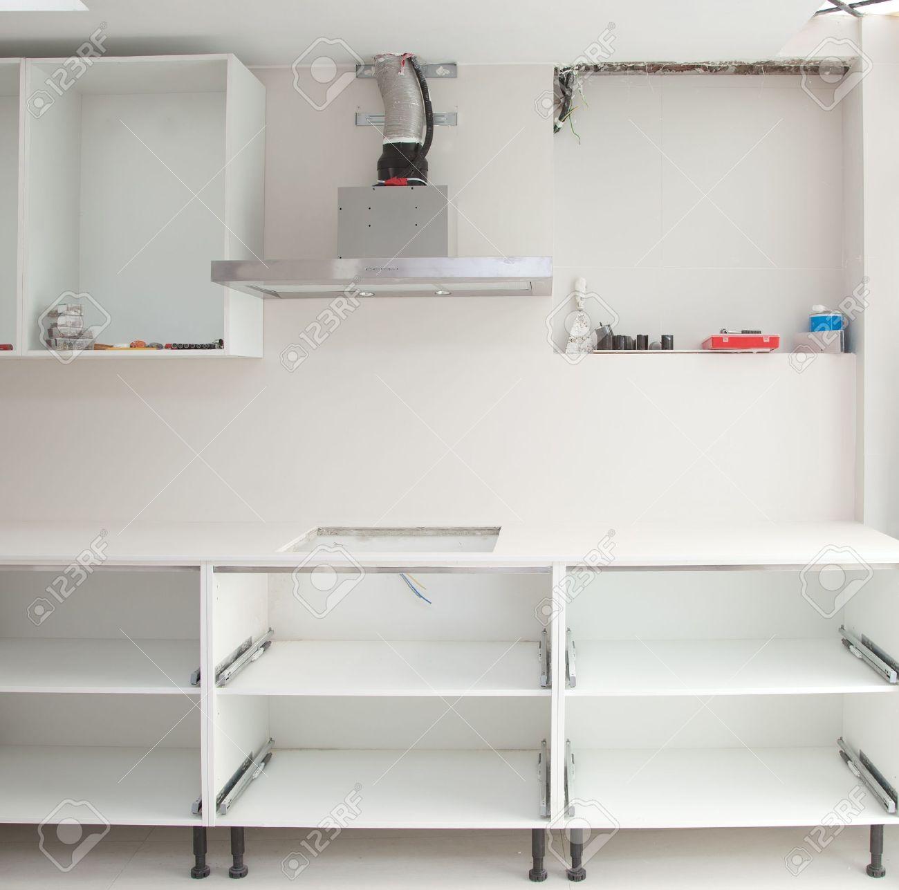 Interieur-Design Bau Einer Küche Mit Herd Dunstabzugshaube Haube ...