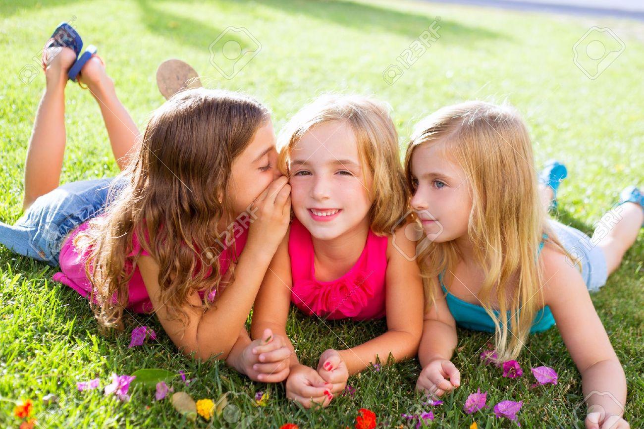Resultado de imagem para grupo de meninas