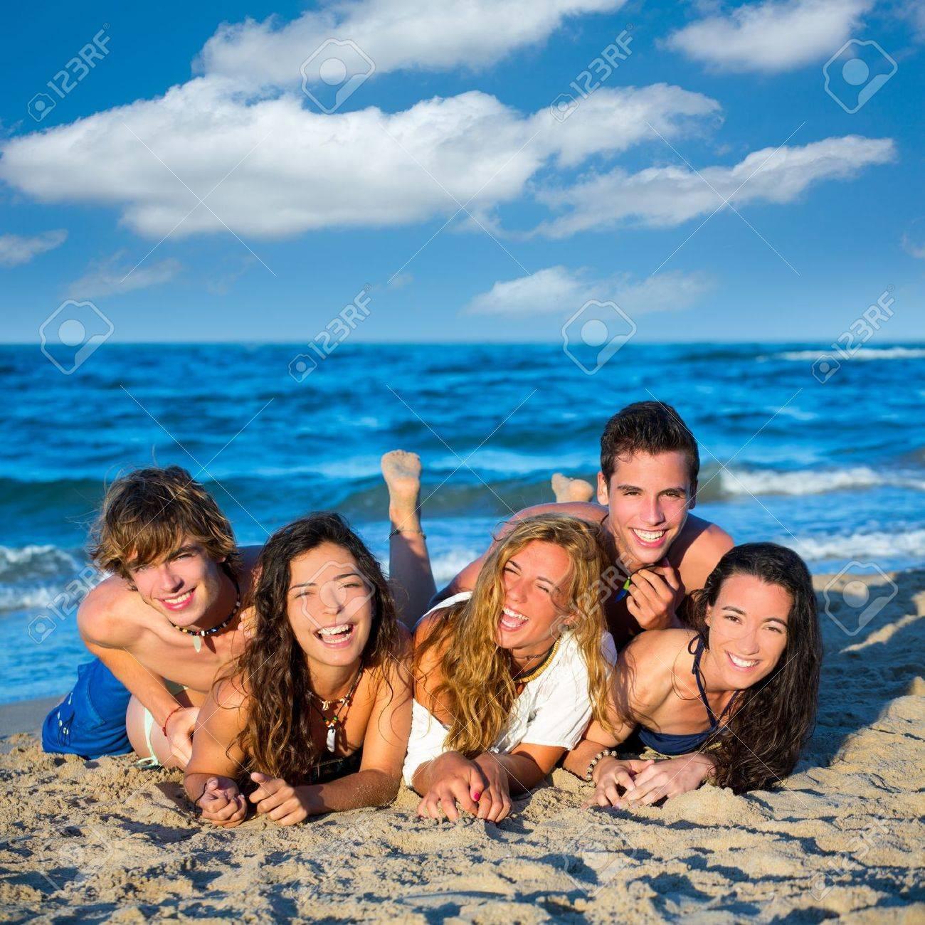sexe de l'adolescence sur la plage fille nue sur photos fille