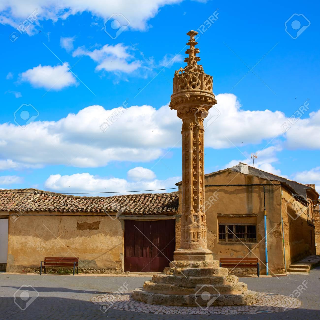 Rollo Gótico Boadilla Del Camino Por El Camino De Santiago Del ...