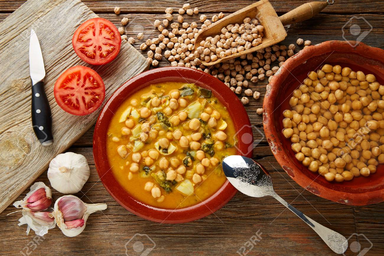 Potaje de Garbanzos chickpea stew Spain recipe traditional with ingredients - 65838408