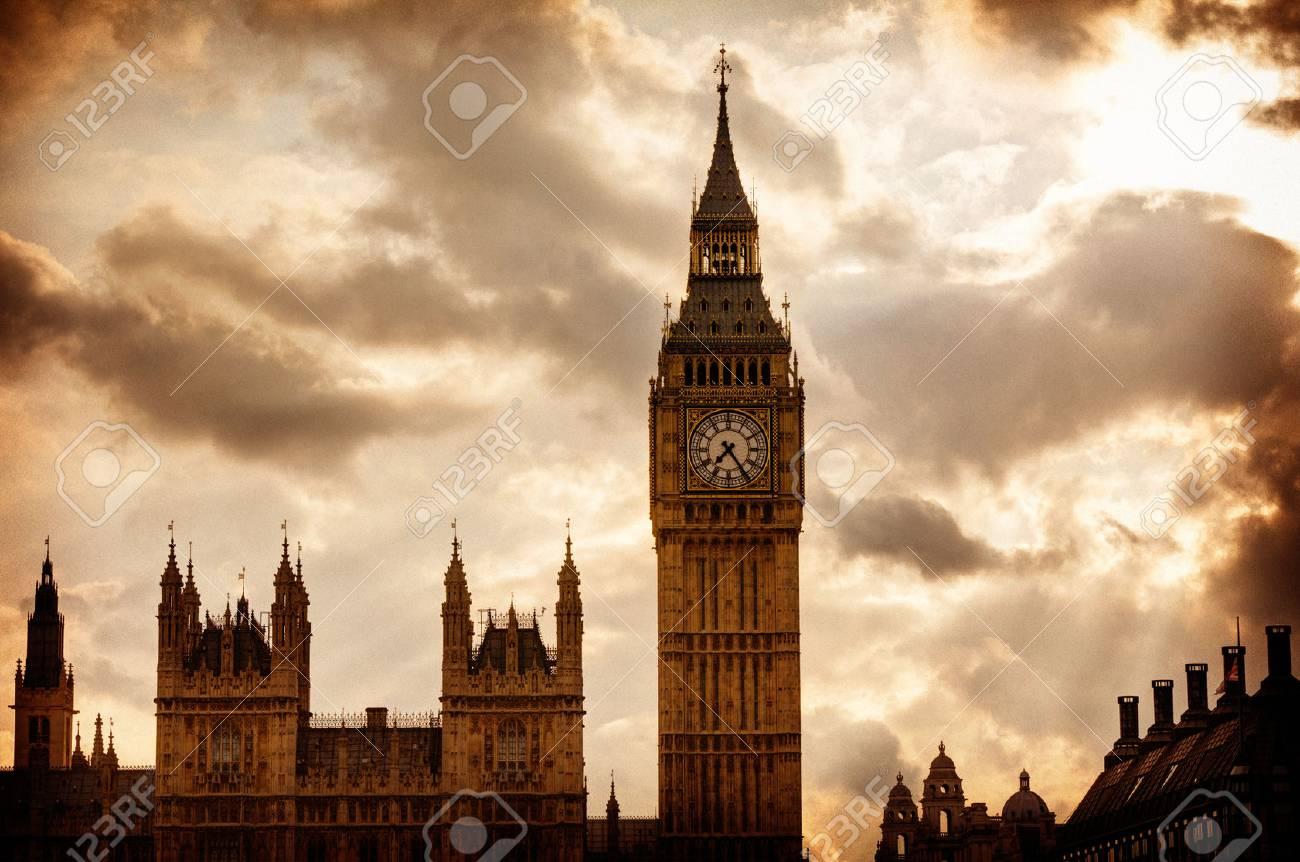 Big Ben Clock Tower in London sunset dramatic sky England - 71300057