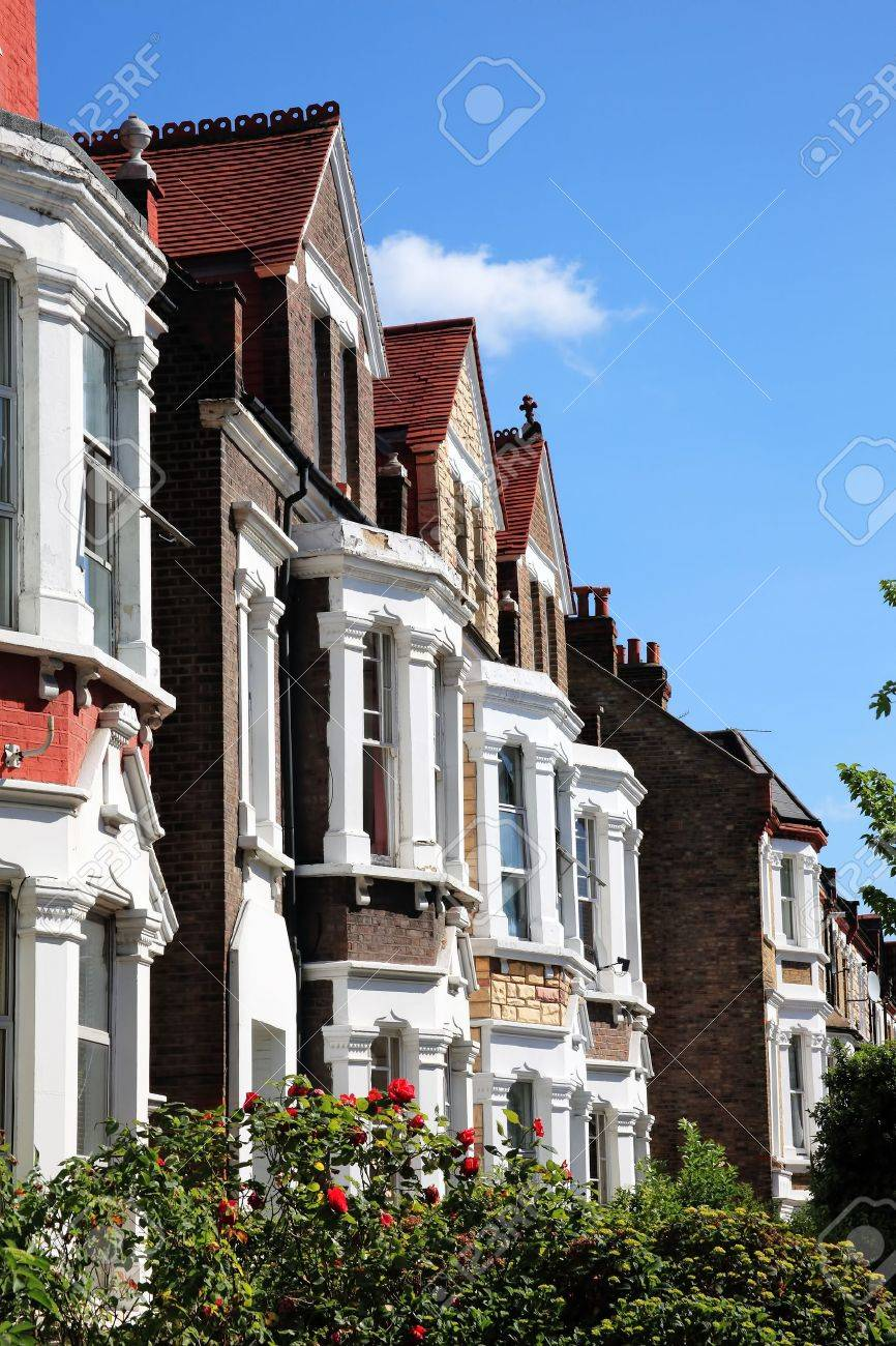 Victorian terraced town houses in London, England Stock Photo - 10628896