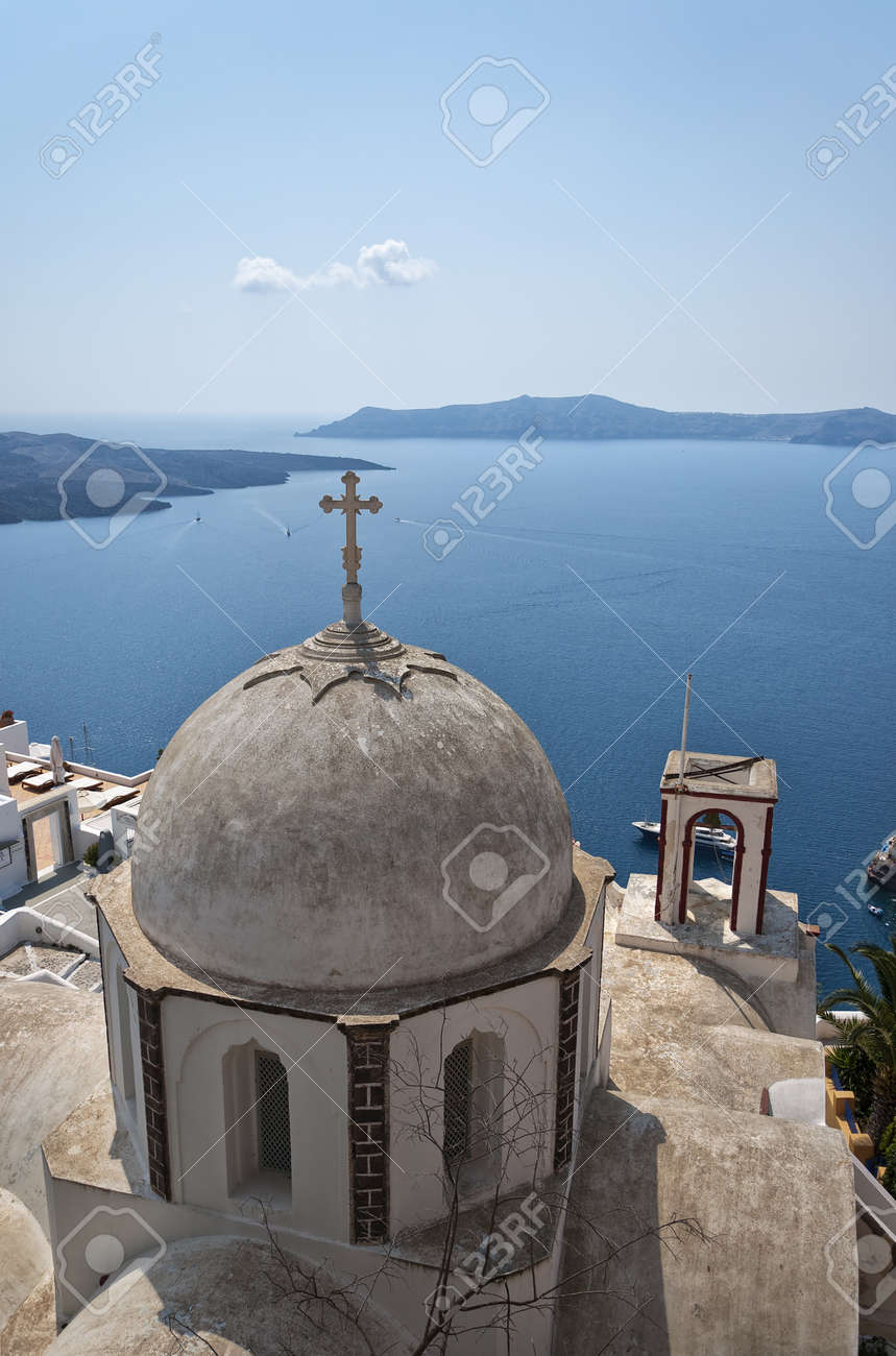 One of the many domed churches that adorn the greek island of santorini. Stock Photo - 10201302
