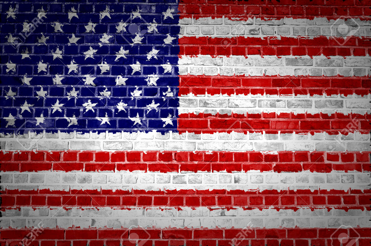 An image of the United States of America flag painted on a brick wall in an urban location Stock Photo - 12423046
