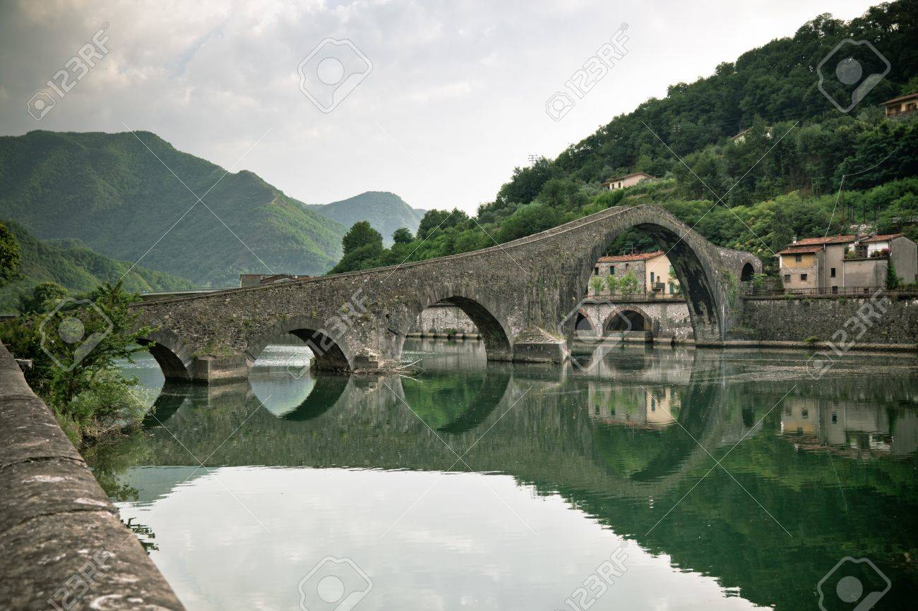 maddalena bridge at bagni di lucca tuscany italy also known as the devils