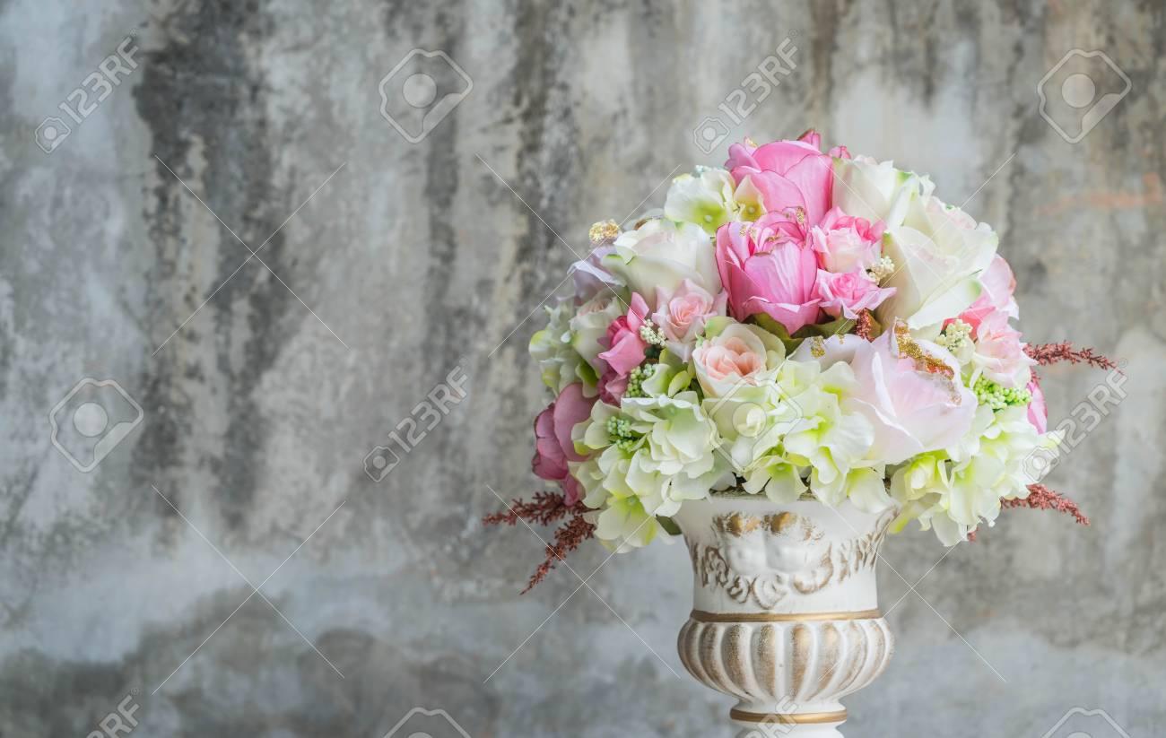 Bouquet flower in vase vintage effect filter stock photo picture bouquet flower in vase vintage effect filter stock photo 75230269 izmirmasajfo