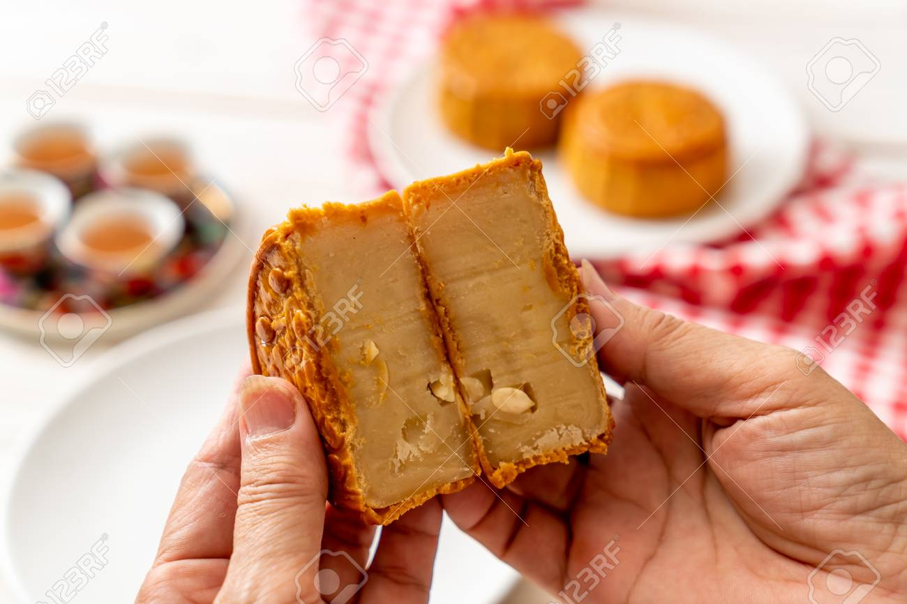 Chinese moon cake for Chinese mid-autumn festival - Chinese dessert