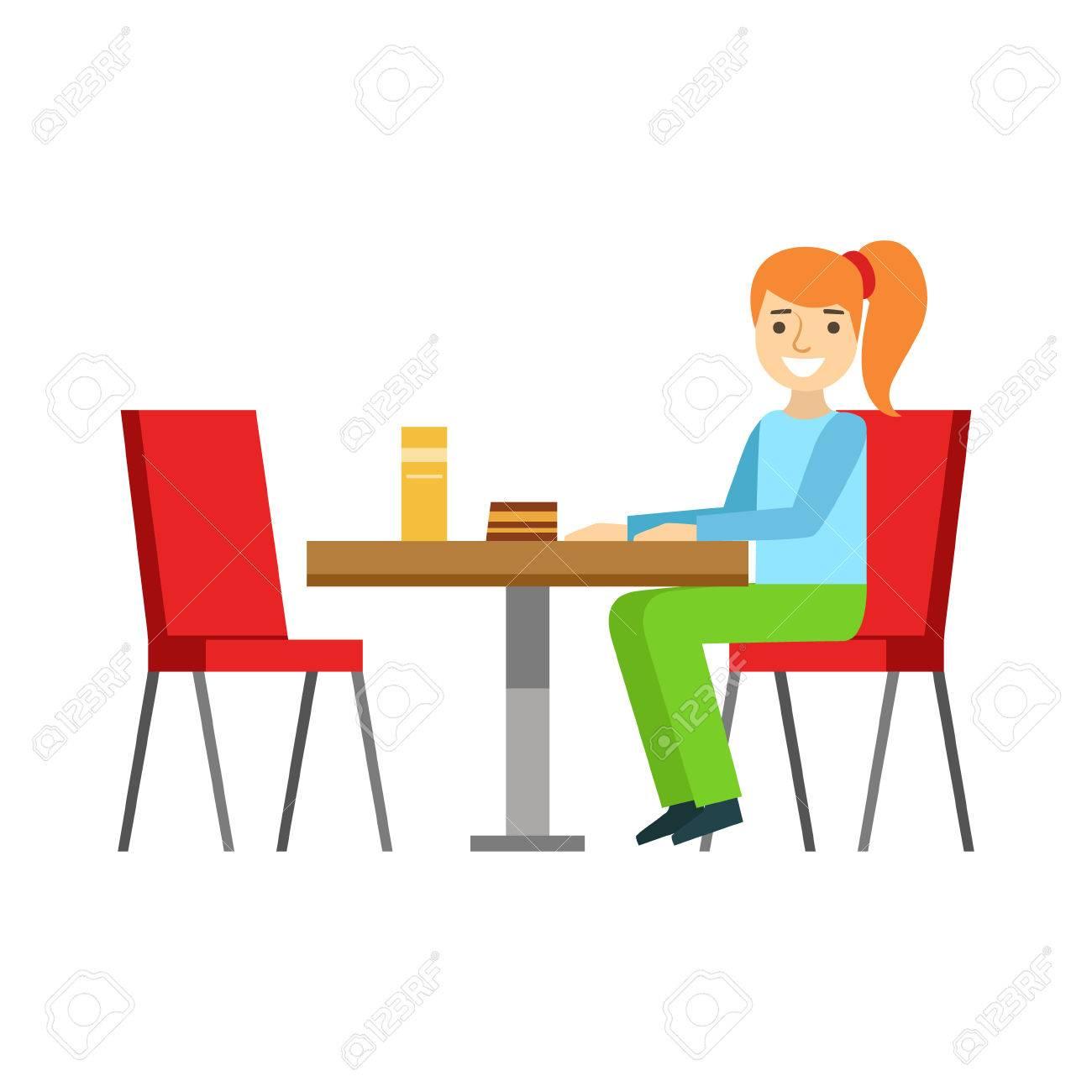 Mädchen Sitzt Am Tisch Essen Einen Kuchen, Person Lächeln Ein Dessert In  Süßen Gebäck Cafe