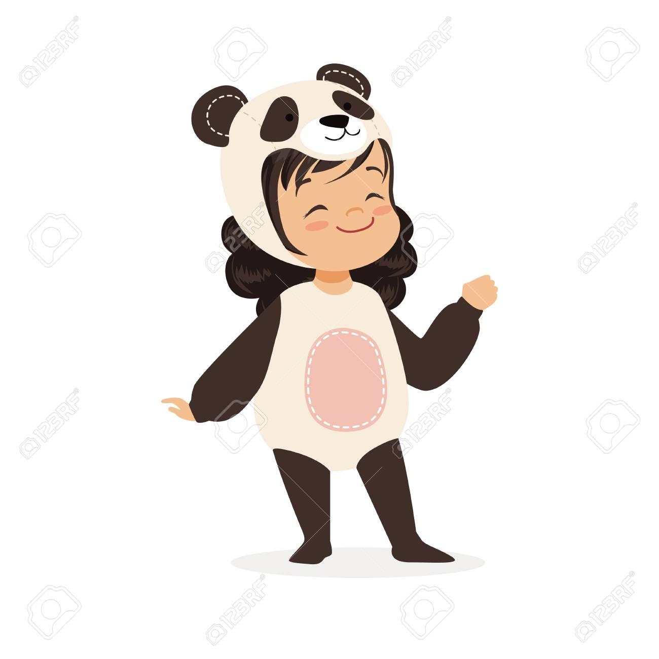 La bambina felice sveglia si è vestita come panda, illustrazione di vettore del costume di carnevale dei bambini