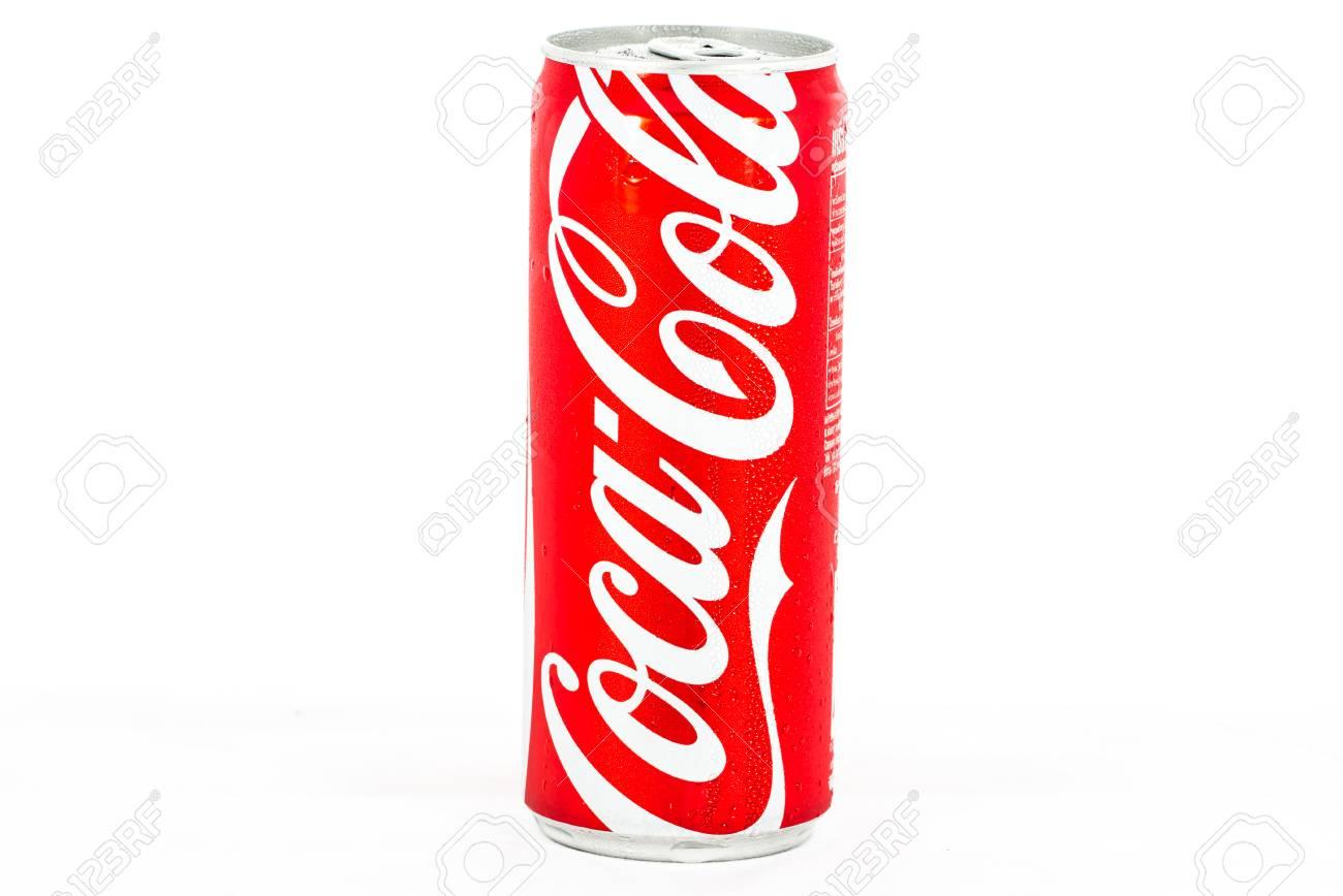 Thailandia 4 Settembre 2014 Coca Cola Può Su Sfondo Bianco Foto
