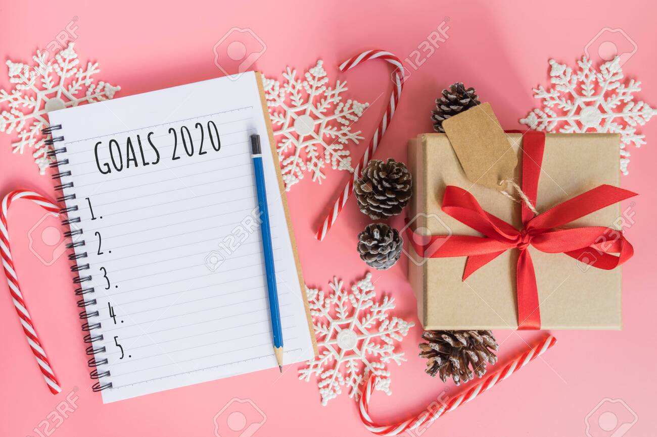 Christmas List 2020.2020 New Year Concept Goals 2020 List In Notepad Gift Box And