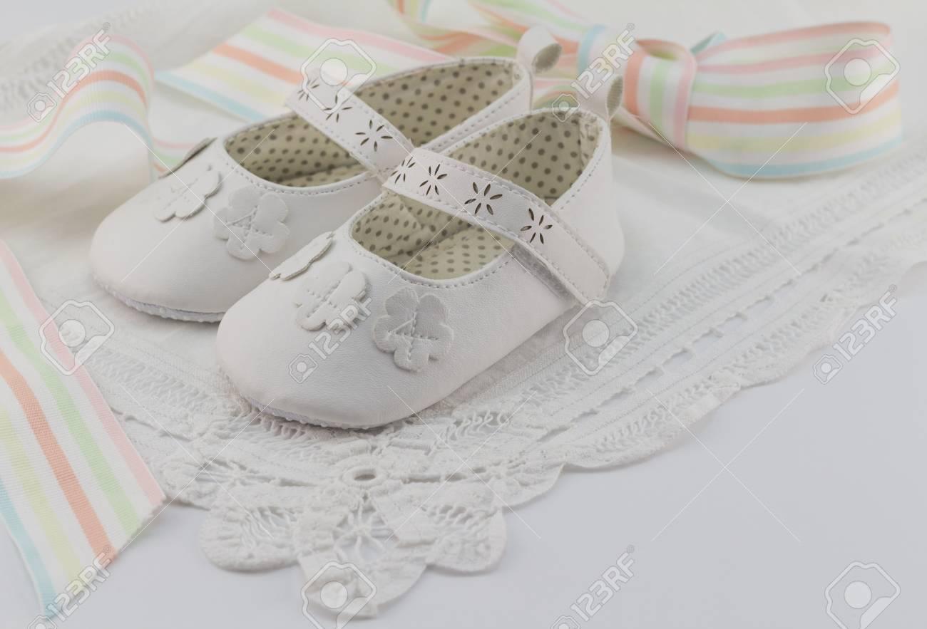 Großartig Baby Booties Vorlage Fondant Fotos - Entry Level Resume ...