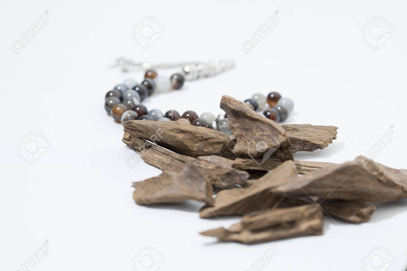 Agar Holz Weihrauch Chips Mit Rosenkranz Es Ist Name In Arabisch