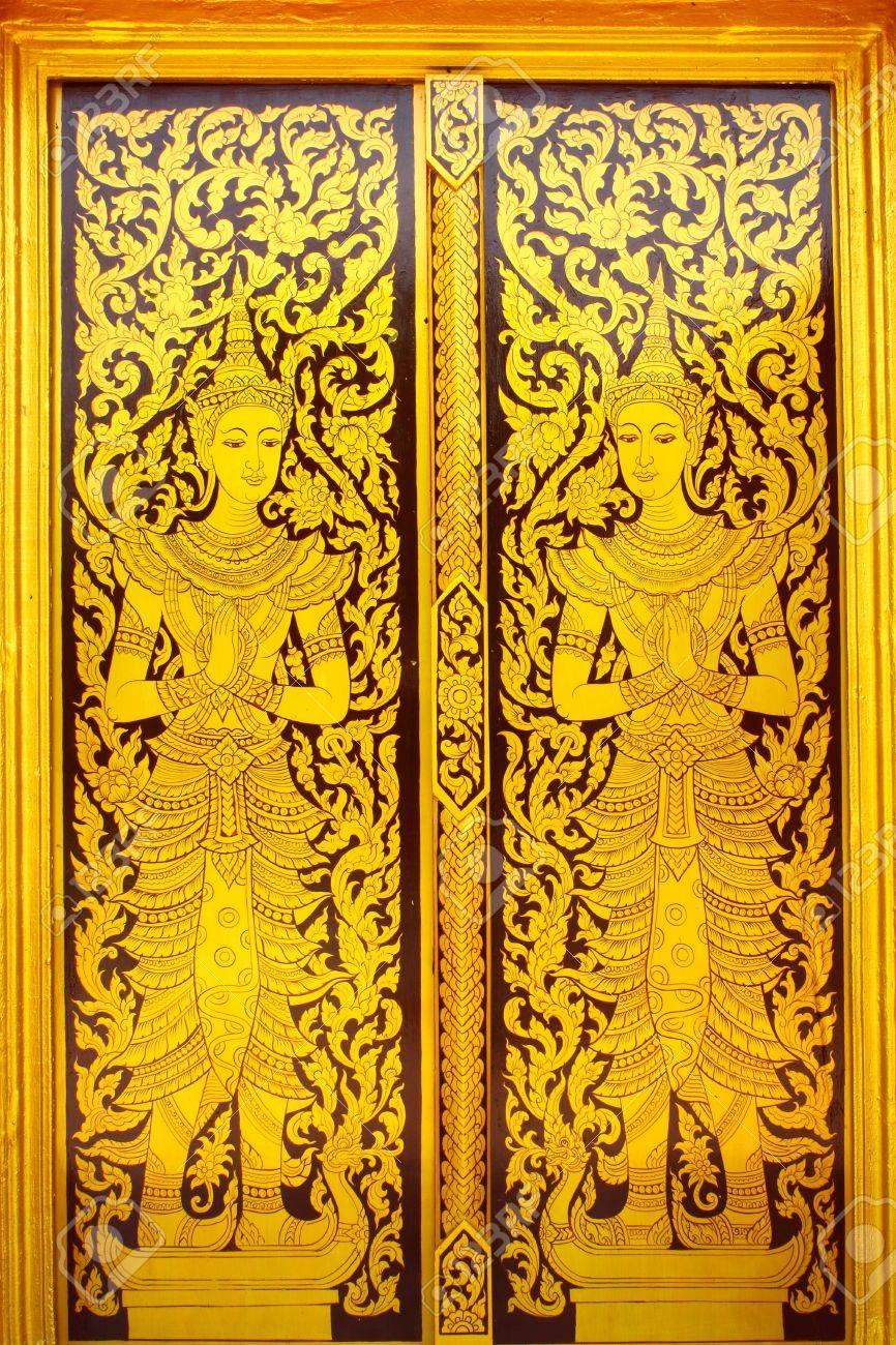 design by thai temple doors: Thai style painted door Stock Photo