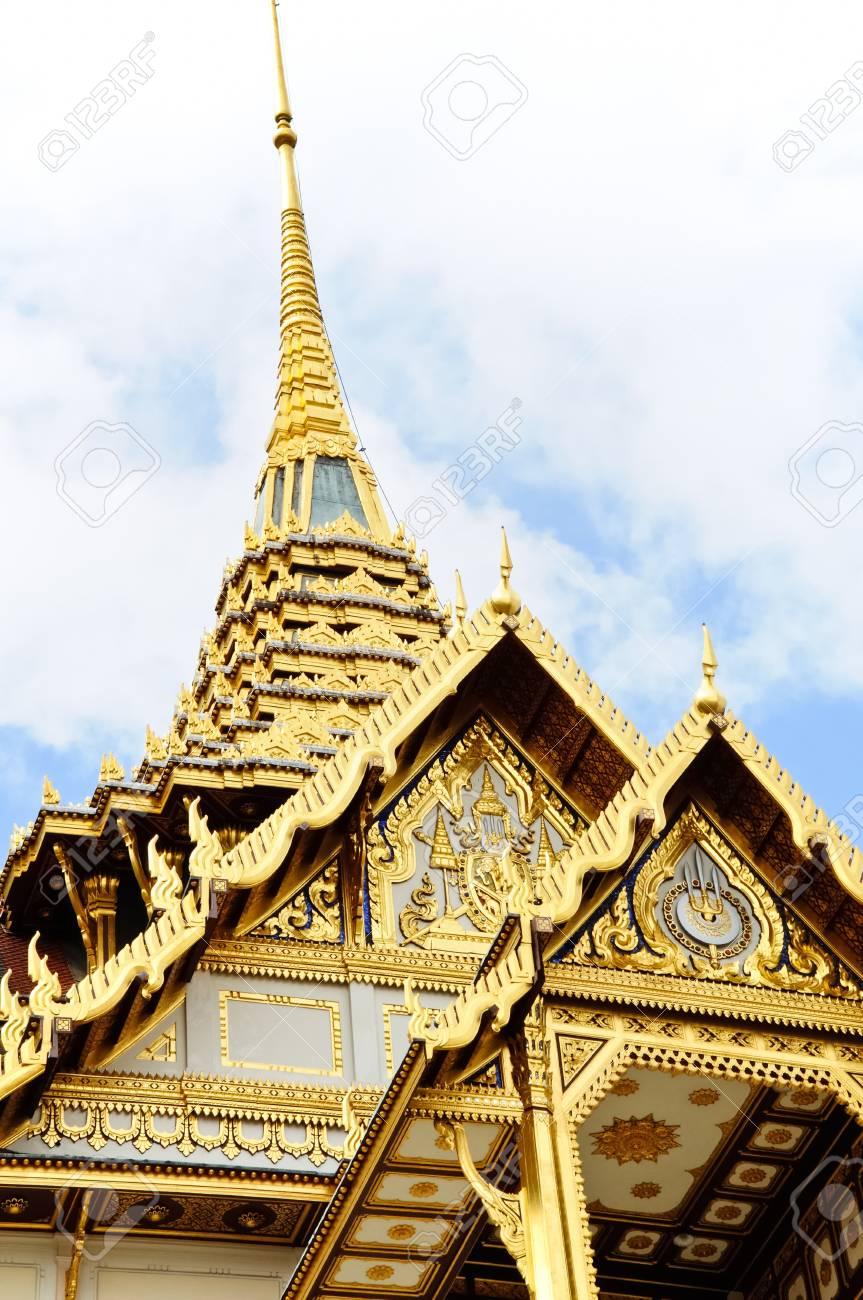 Golden roof on the grand palace,Bangkok Thailand Stock Photo - 7572931