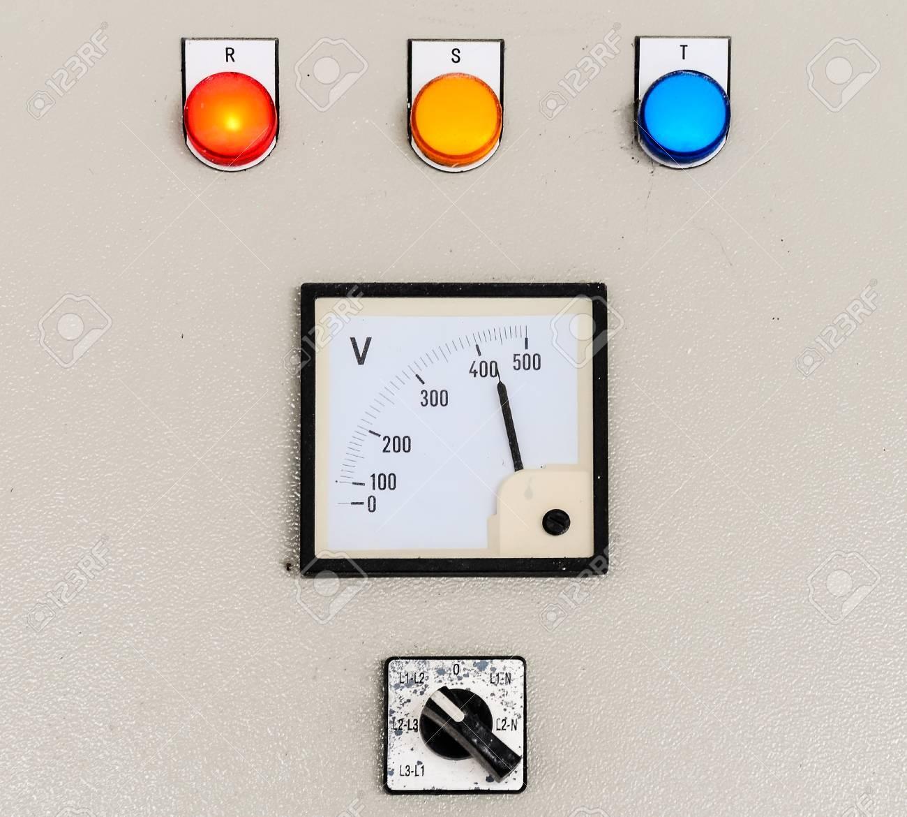 Großzügig Elektrische Schalttafeln Galerie - Schaltplan Serie ...
