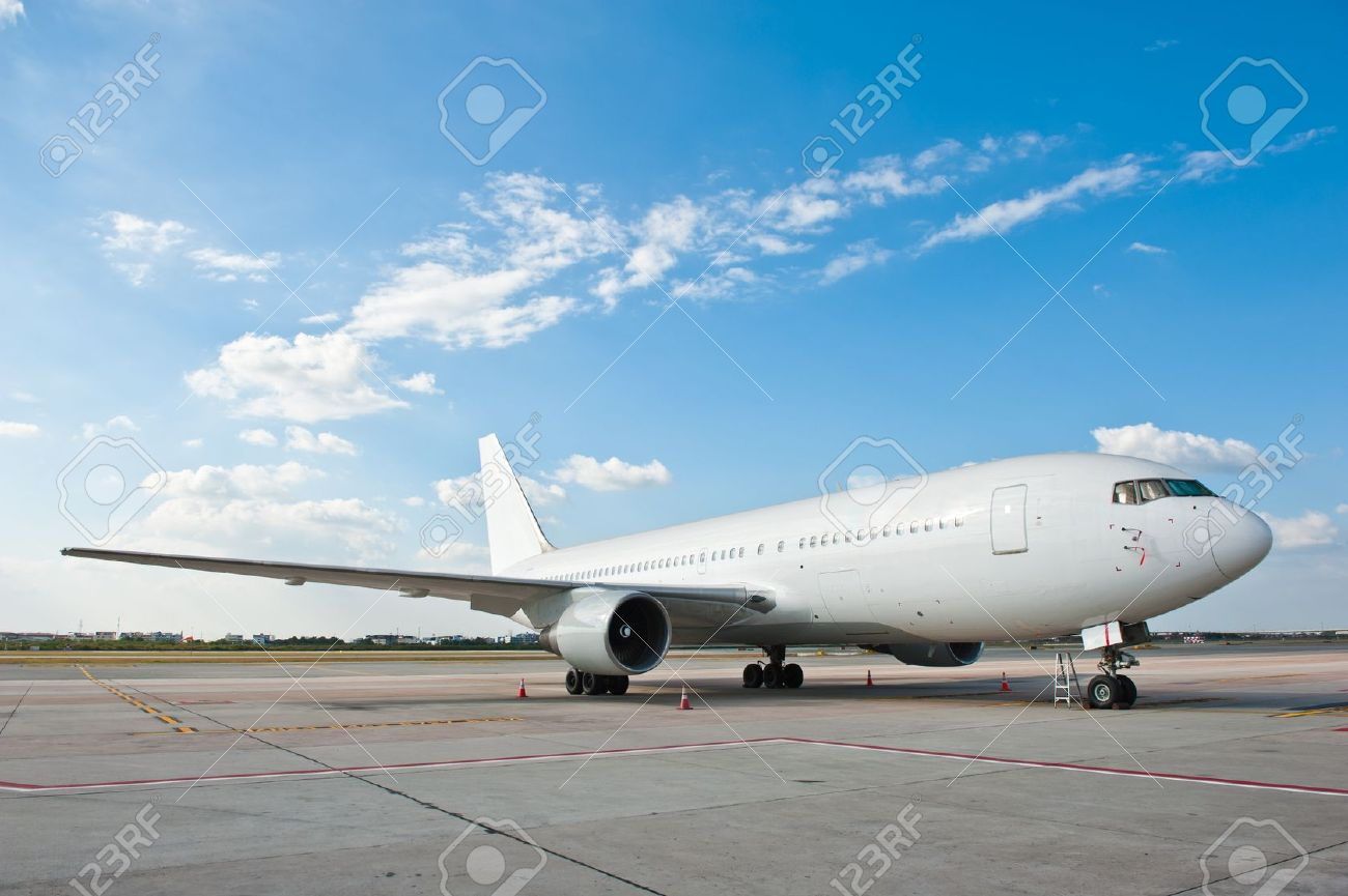 Commercial airplane parking at the airport Stock Photo - 11729711