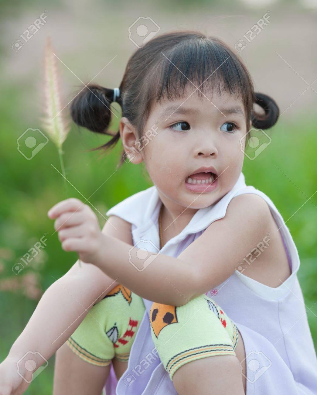 Portrait of little Asian girl Stock Photo - 14109557