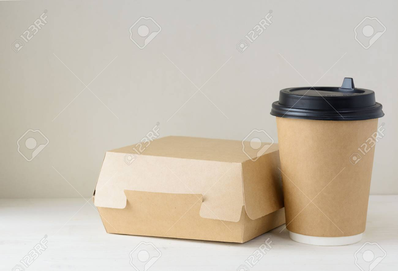 craft paper coffee cup and food box on the table - 75157238