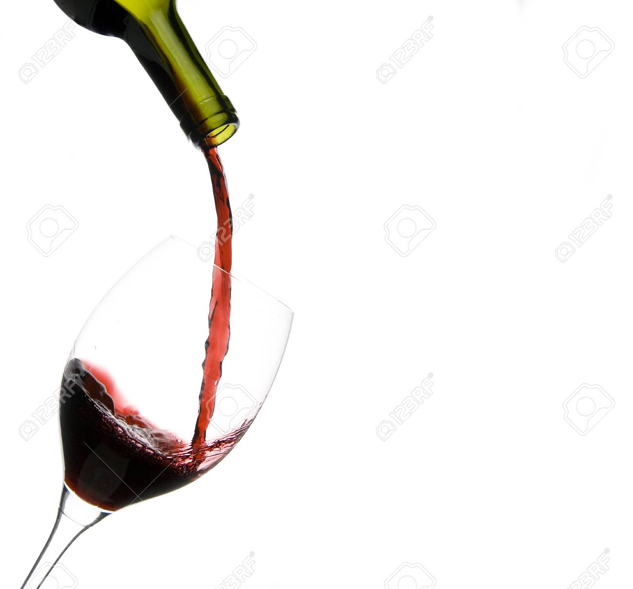 a clear glass of red wine isolated on white background Stock Photo - 4244963