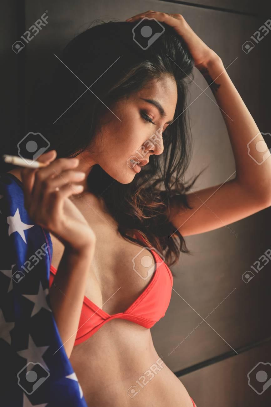 Slutty Amanda Blows Cock in Sleazy Restroom