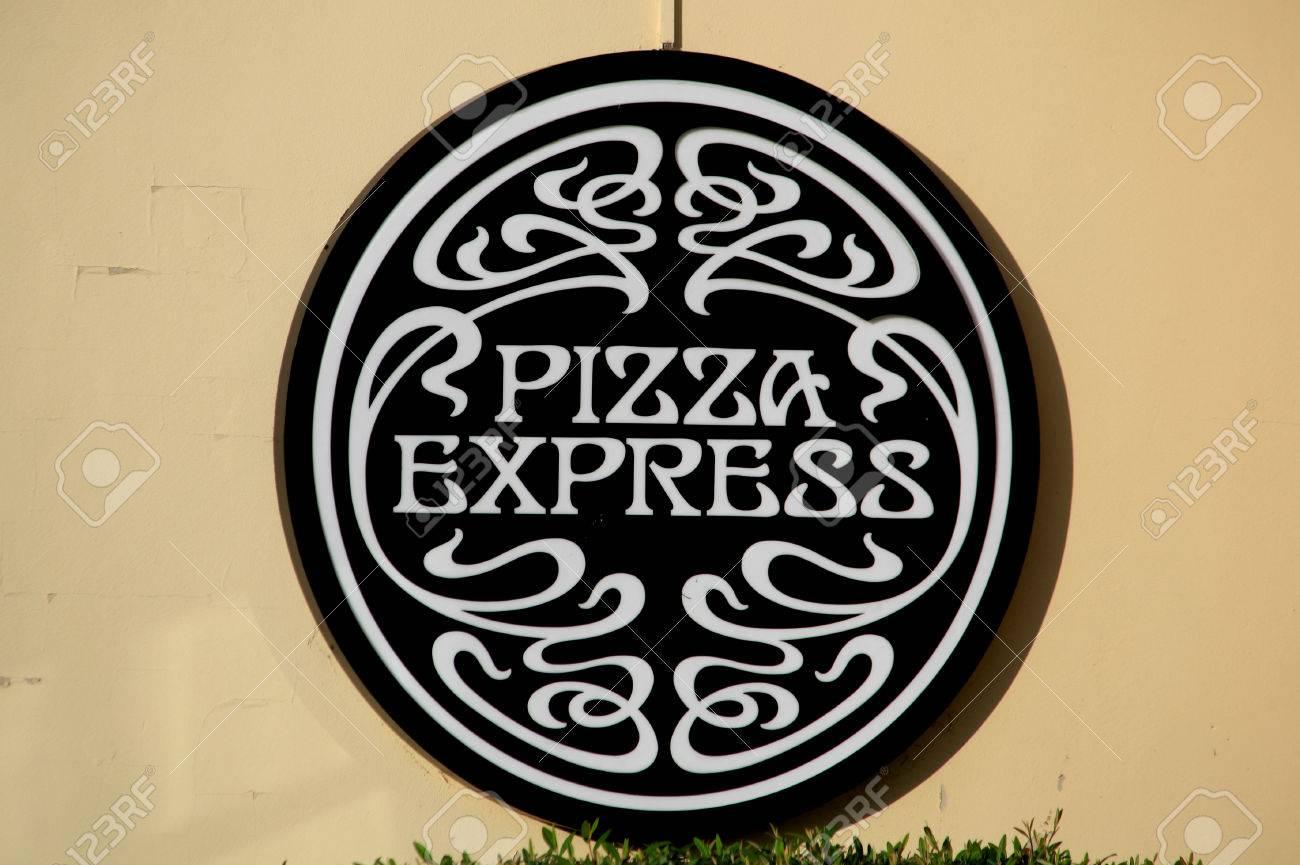 Pizza Express Restaurant Sign Braintree Essex