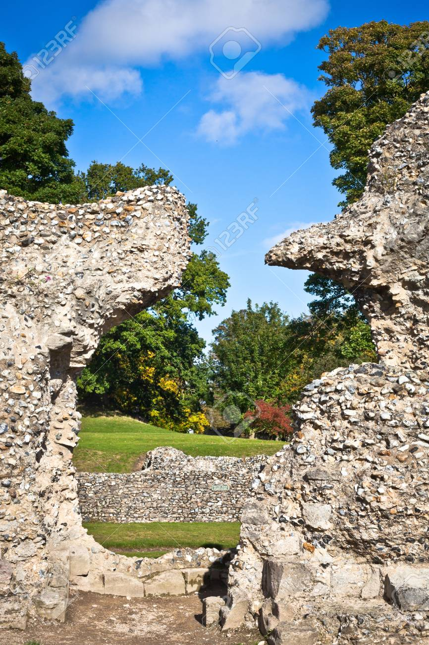 Ruins of the Abbey in Bury St Edmunds, UK Stock Photo - 15986798