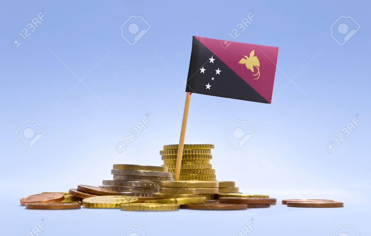 Flagge Von Papua Neuguinea In Einer Gemischten Stapel Von