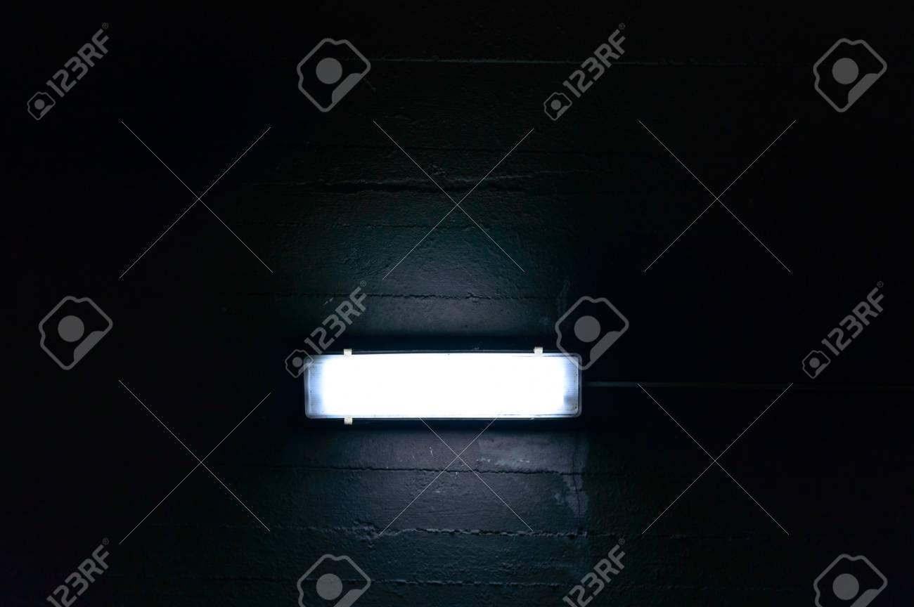 Tire D Une Lampe Garage Lampe Pour Lecture De Nuit Et Travail