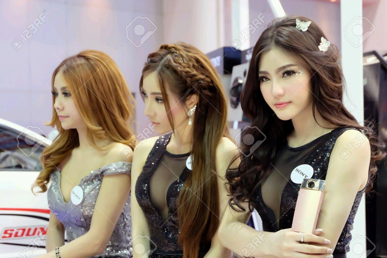 Pretty thai girls of bangkok motor show 2015